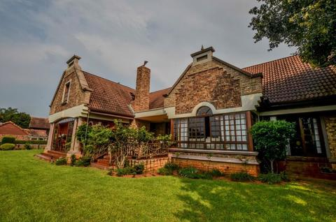 4.0 bedroomFor Sale  in White River Country Estate