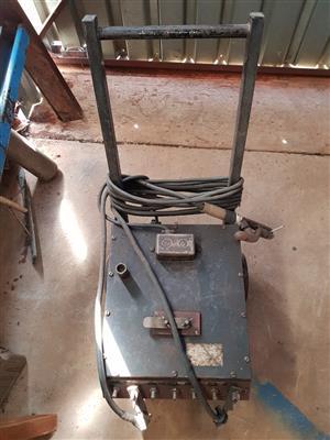 Oil Cooled welder for sale.