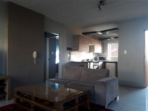 Spacious 2 Bed; 1 bath apartment in upmarket area