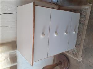 4 Drawer Chest Drawers