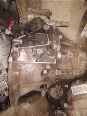 PEUGEOT 407 10LH MANUAL GEARBOX FOR SALE!!
