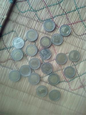 Selling R5 Mandela Coins