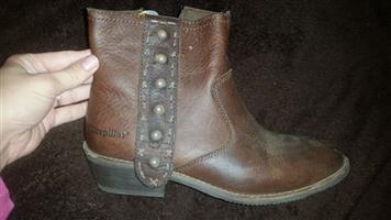 CAT ladies boots
