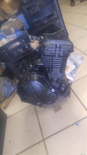 brand new kawasaki ER6N engine R10 000 @CLIVES BIKES SA