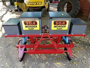 SGA 2 Row Wonder planter.