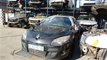RENAULT MEGANE 3 1.4 TURBO COUPE 2011