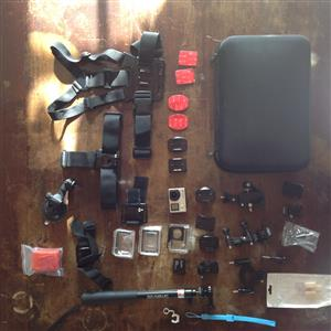 GoPro 4 silver with lots of extras