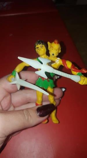 Yellow siamese warrior ornament