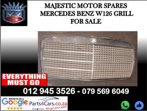 Mercedes benz W126 grill for sale