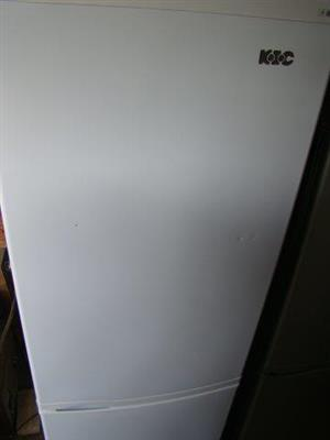 KIC 348L Fridge/Freezer