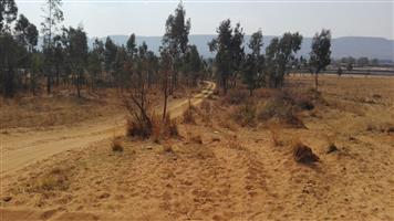 Vacant Land * 3,4066 ha * Uitzicht, Rietvallei * Located 20 kilometers from Pretoria on Van der Hoff / Hartebeespoort dam road