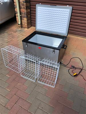 Snomaster 80 l fridge/freezer for sale