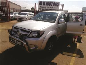 2005 Toyota Hilux 2.7 double cab Raider