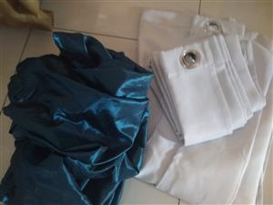 Two drops of light blue and two drops of turquoise organza. Total price R200