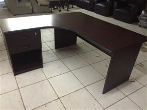 Office decks and chair