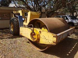 Bomag 212D Smooth Drum Roller