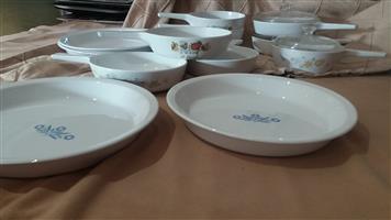 Corningware saucepans, pie plates and casserole
