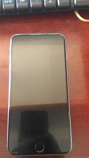 Iphone 6 plus in pristine condition
