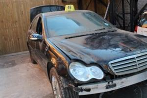 Stripping this vehicle Mercedes C180
