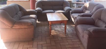 Lounge Suite - PRICE SLASHED FOR QUICK SALE