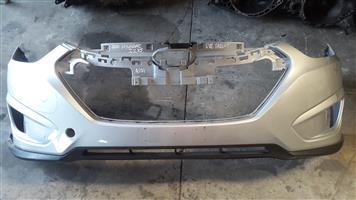 Hyundai IX35 2010 front silver bumper for sale.