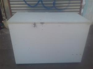430 liters Chest Freezer