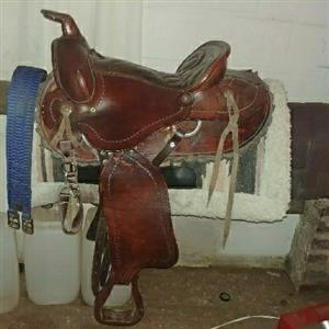 15 inch Brown Western Saddle