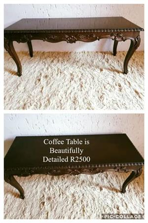 Vintage coffee table for sale.
