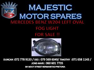 MERCEDES BENZ W004 LEFT HAND OVAL FOG LIGHT FOR SALE !!
