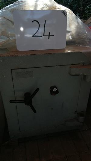 Safe, Chubb safe Category 1, Like new | Junk Mail