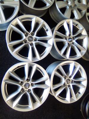 17 inch Audi mags with 5x112 pcd R4000.