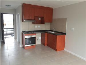 BUHREIN ESTATE - CAPE TOWN  NORTHERN SUBURBS - 1 BEDROOM GROUND FLOOR APARTMENT - TO LET