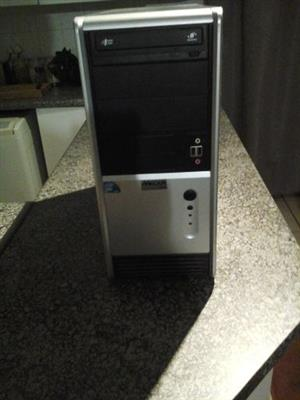 Mecer PC with FREE WIFI connector (Connector value R299)
