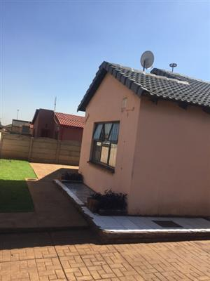 Spacious Family Home Near Sam Ntuli mall