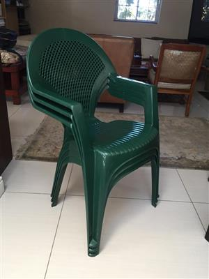 Set of 3 Green Plastic stacking armchairs