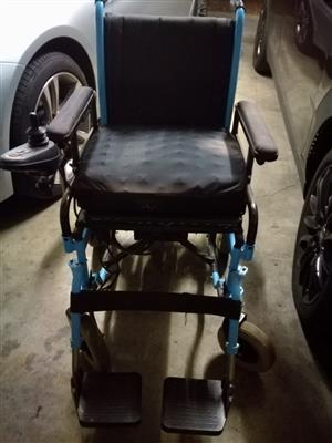 Electronic wheelchair