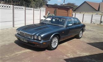 1996 Jaguar XJ8