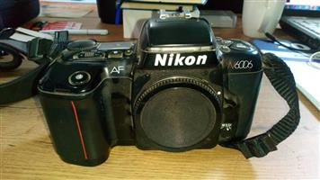 Nikon N6006 35mm Slr Auto Focus film camera body