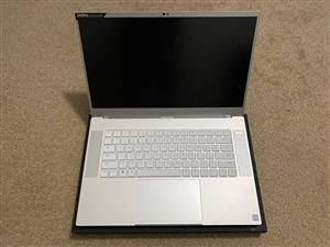 Clean Razer Blade 15 Mercury