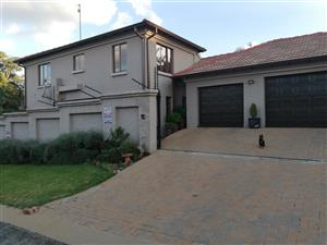 BEAUTIFUL HOUSE IN ERASMUSRAND FOR SALE