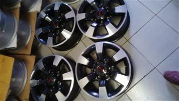 Isuzu bakkie oem bakkie/suv set of 4x 18inch mags diamond cut r4500