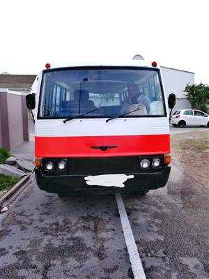 Toyota Coaster school bus and 2c engine