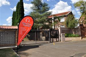 2 Bedroom Apartment For Sale in Moreleta Park