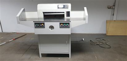 SMART CUTTER 520 FULLY PROGRAMMABLE GUILLOTINE  (1 Year Guarantee)