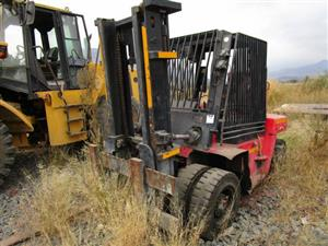 F05W50, 5 Ton Forklift- ON AUCTION