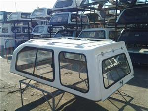 SA NISSAN NP300 HI LINER PRE-USED CANOPY GOOD CONDITION!!!