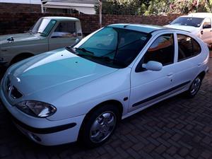 2000 Renault Megane 1.6 Dynamique