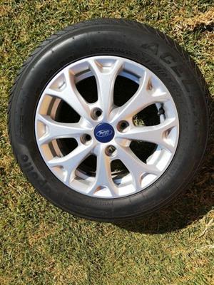 """Ford Figo Trend 14"""" std alloy wheels"""