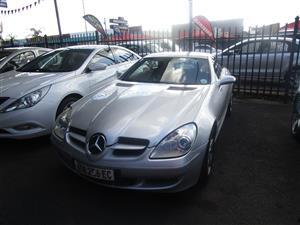 2010 Mercedes Benz SLK 200