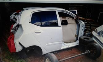 Hyundai i  10 body parts